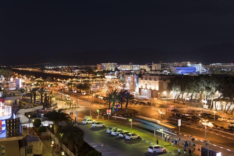 Horizon d'Eilat de ville de l'Israël par nuit photographie stock libre de droits