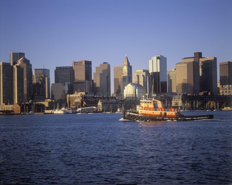 Horizon de Boston le Massachusetts et vue de bord de mer pendant le matin photographie stock