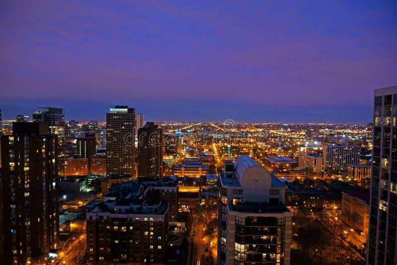 Horizon de Chicago la nuit, Etats-Unis image stock