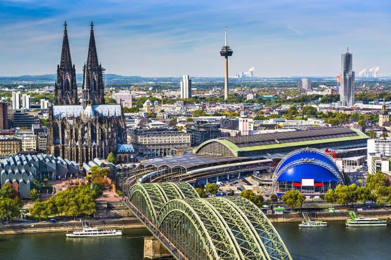 Horizon de Cologne photo libre de droits