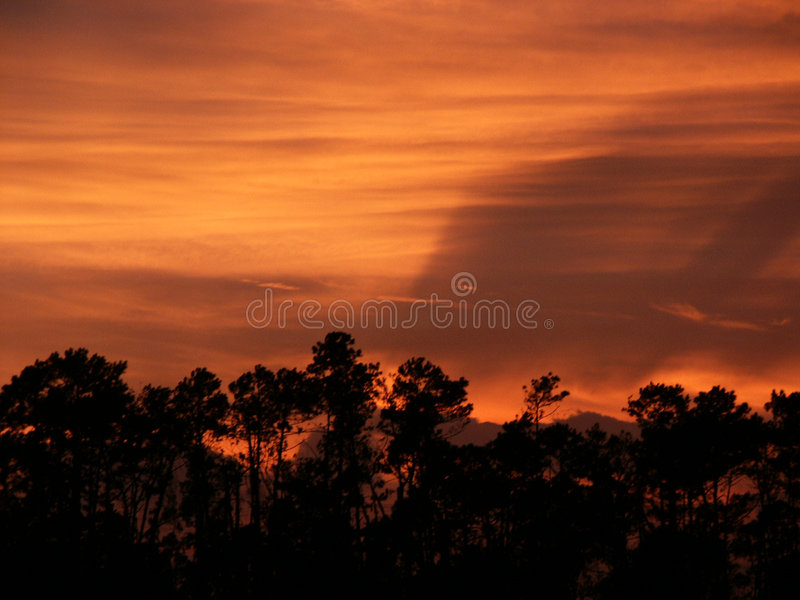 Horizon de coucher du soleil image stock