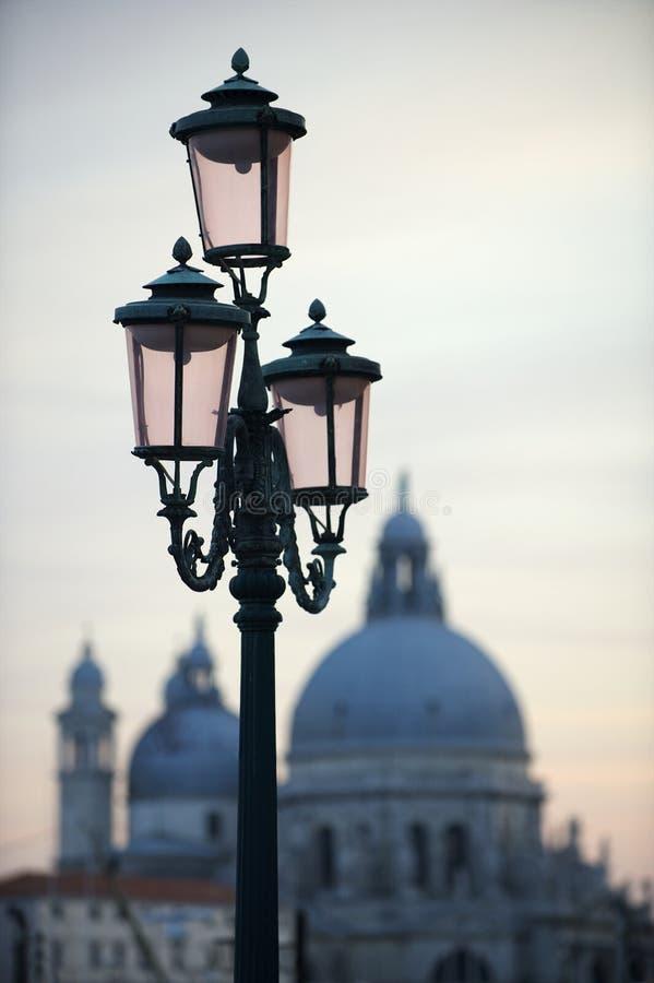 Horizon de coucher du soleil d'architecture de Venise Italie images stock