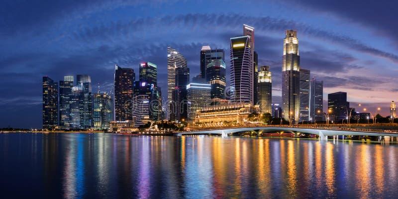 Horizon de district des affaires de Singapour photographie stock libre de droits