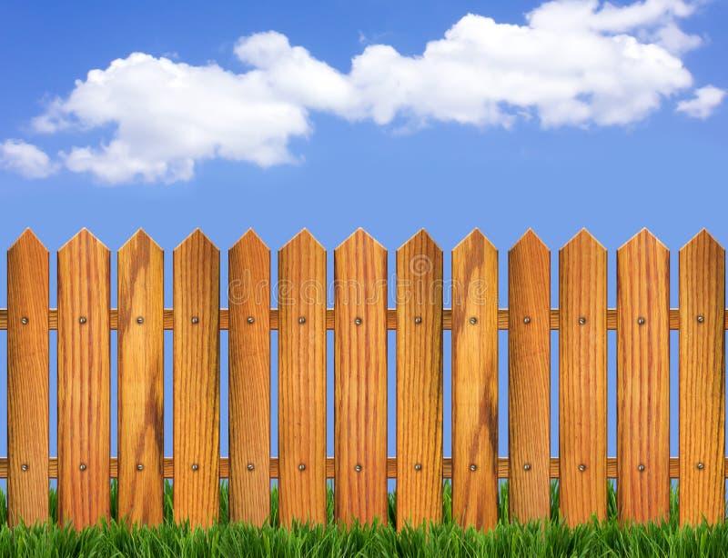 Horizon de frontière de sécurité en bois et de ciel bleu photographie stock
