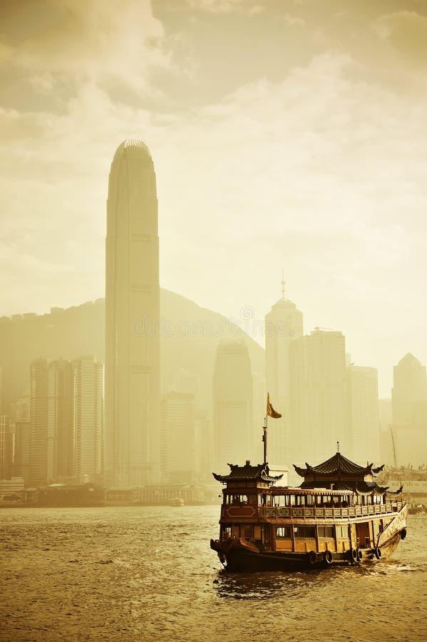 Horizon de Hong Kong avec des bateaux photo libre de droits