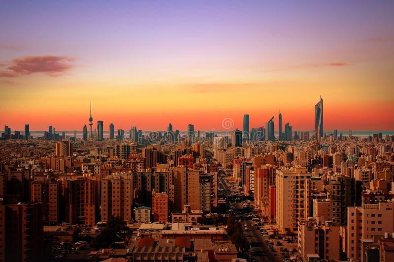 Horizon de Kuwait City image libre de droits