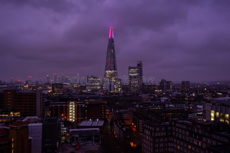 Horizon de Londres avec la vue du tesson photos stock