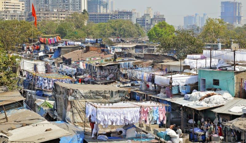 Horizon de Mumbai de ghat de Dhobhi images libres de droits