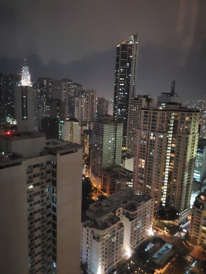 Horizon de nuit de Manille image stock