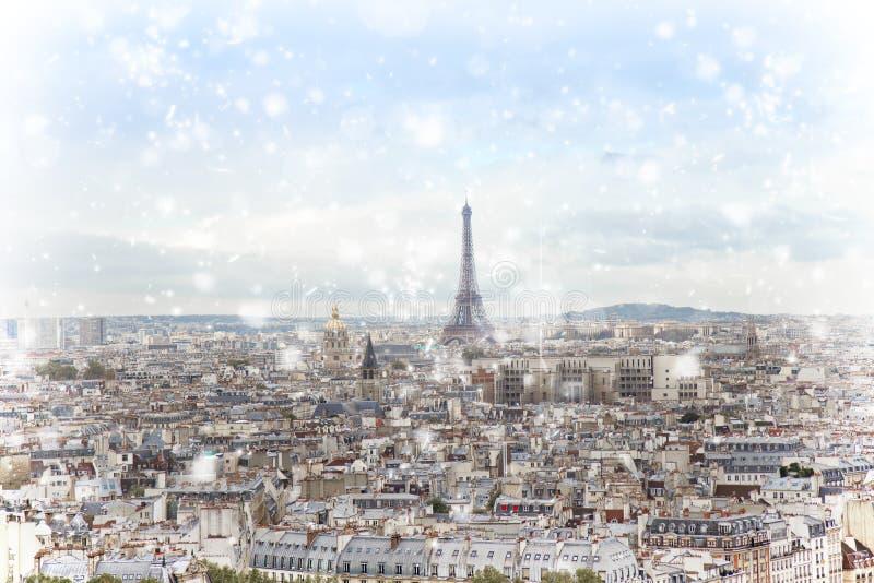Horizon de Paris avec Tour Eiffel photos stock