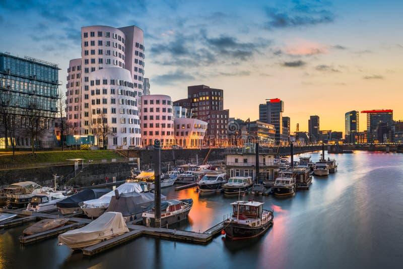Horizon de port de Dusseldorf, Allemagne photo libre de droits