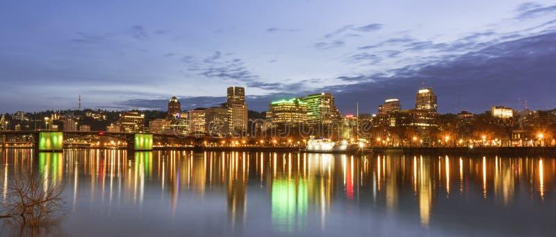 Horizon de Portland la nuit image libre de droits