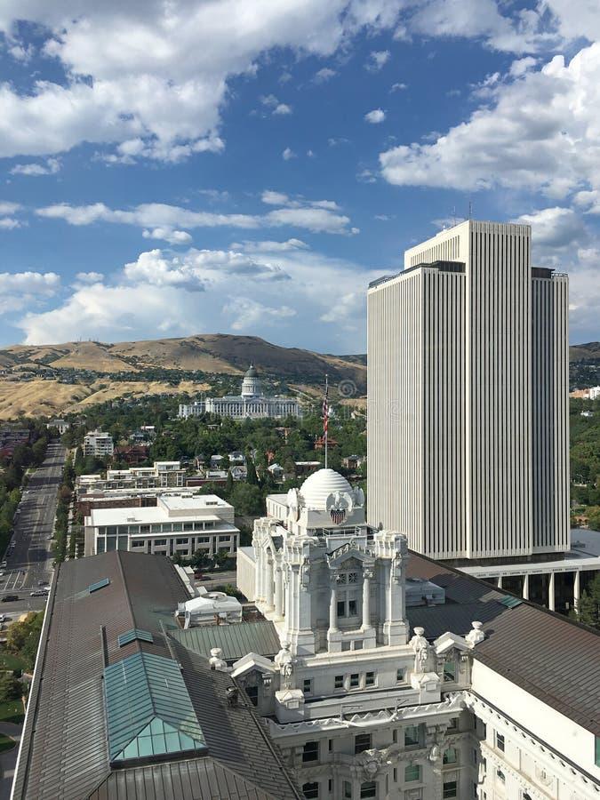 Horizon de Salt Lake City avec le capitol d'état photographie stock libre de droits