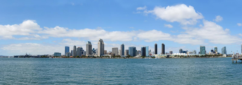 Horizon de San Diego pendant un jour ensoleillé photo libre de droits