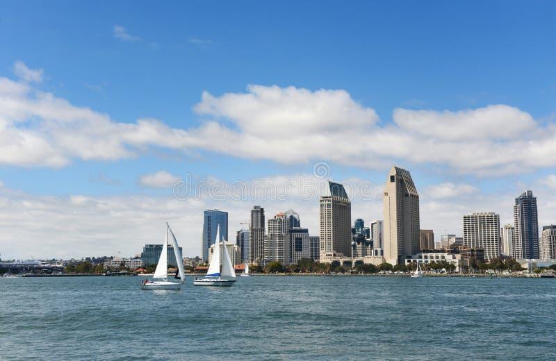 Horizon de San Diego pendant un jour ensoleillé photographie stock libre de droits
