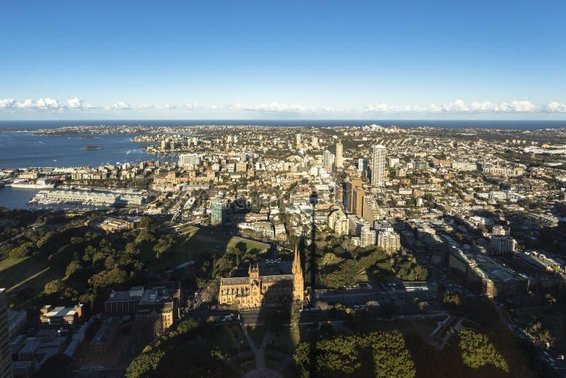 Horizon de soirée de ville de Sydney comme vu de Sydney Tower photo libre de droits