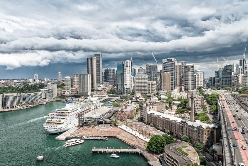 Horizon de Sydney de pont de port, Australie photo libre de droits
