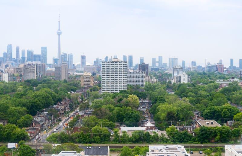 Horizon de Toronto - vue du nord photographie stock libre de droits