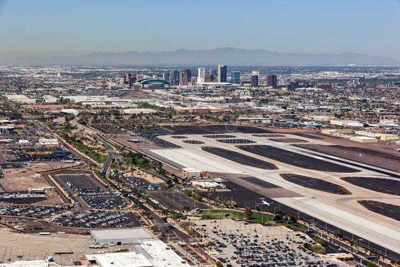 Horizon de van de binnenstad van Phoenix van Hemelhaven royalty-vrije stock fotografie