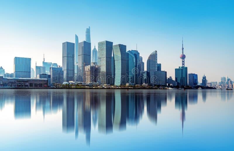 Horizon de ville de Changhaï images stock
