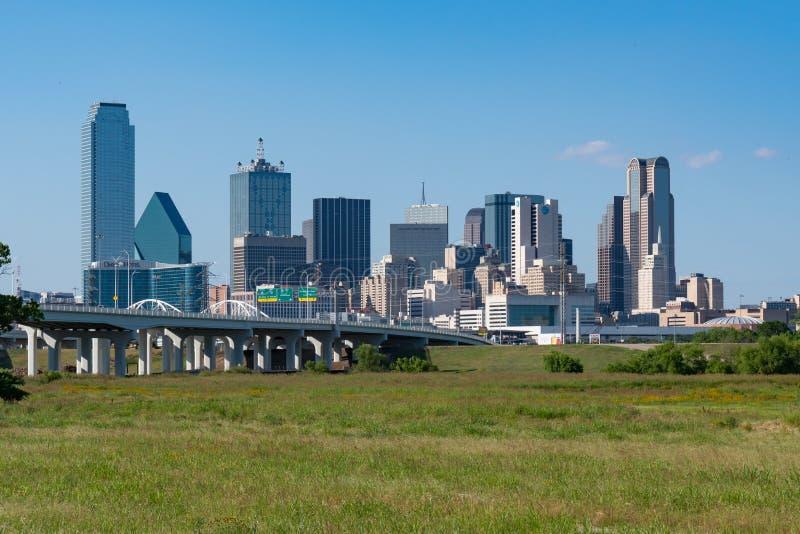 Horizon de ville de Dallas images stock