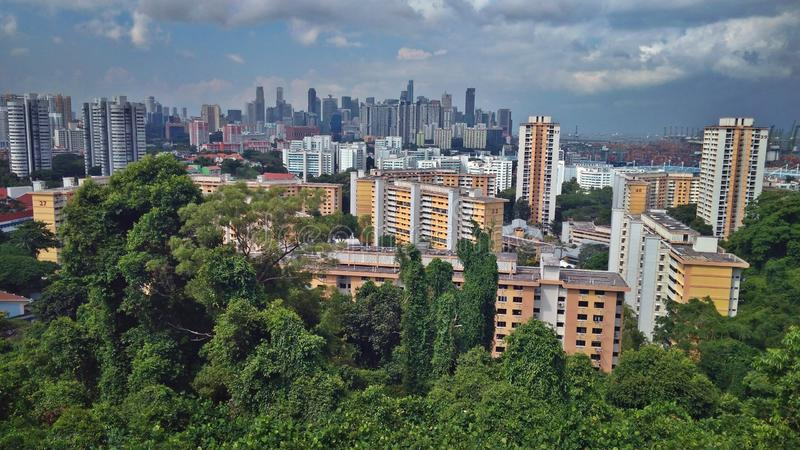 Horizon de ville de Singapour - vue de Faber de bâti images stock