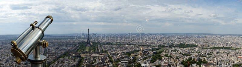 Horizon de visionneuse et de ville de télescope à la journée. Paris, France photos stock