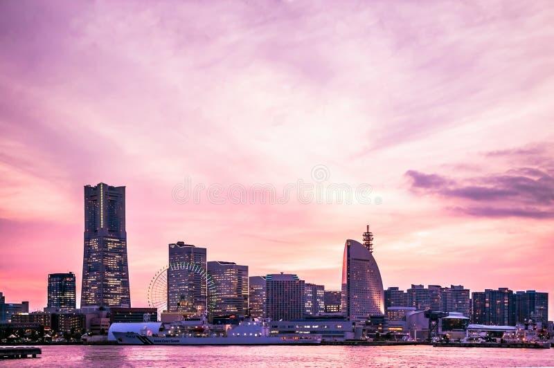 Horizon de Yokohama, coucher du soleil photographie stock
