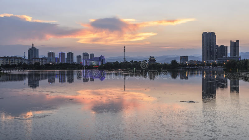 Horizon de Yuxi de Nie Er Music Square Park, un des plus grande dans Yuxi photos libres de droits