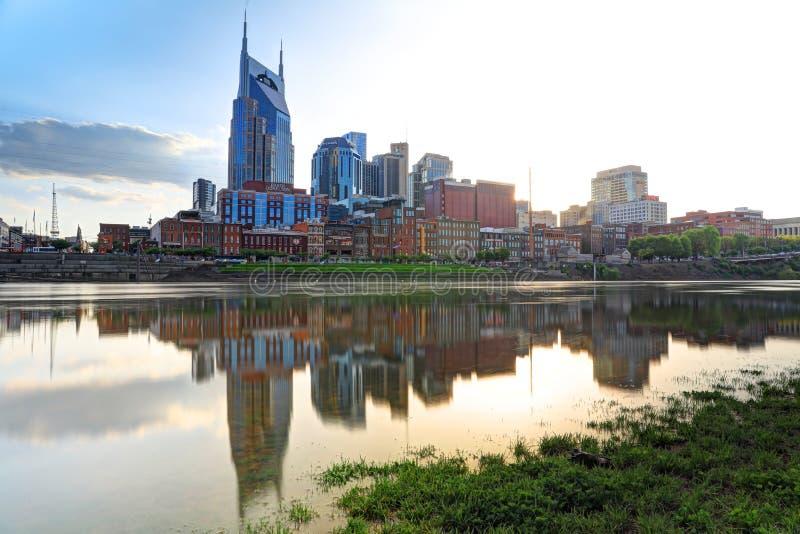 Horizon du centre de ville de Nashville, Tennessee, Etats-Unis images stock