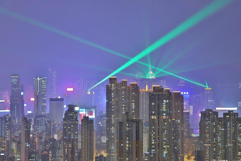 Horizon du HK la nuit, un symphonie des lumières photo stock