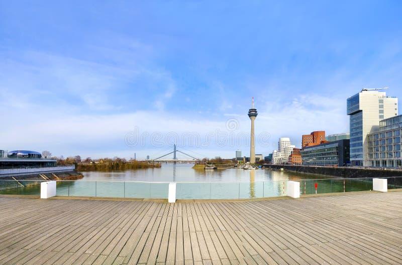 Horizon Dusseldorf image stock