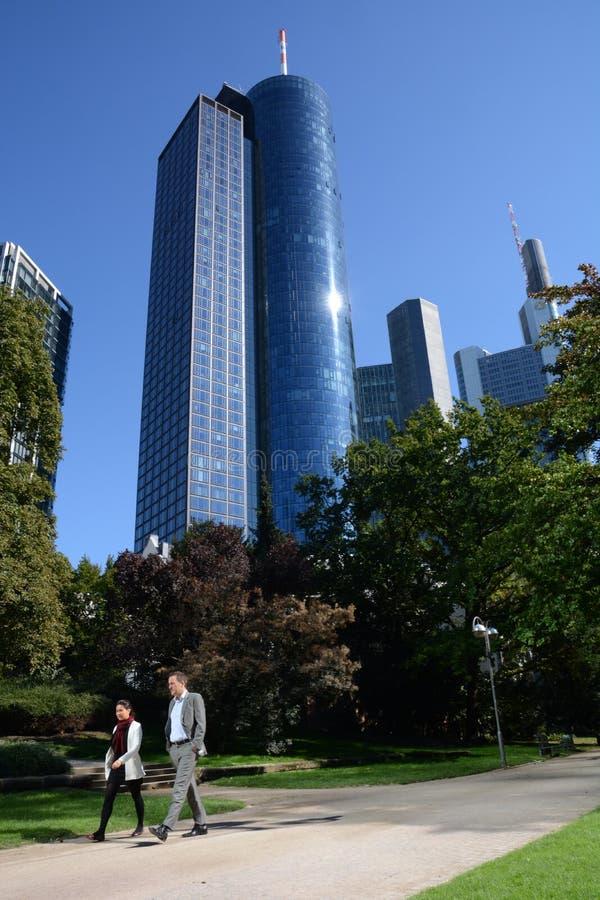 Horizon Frankfurt met bankier stock afbeeldingen