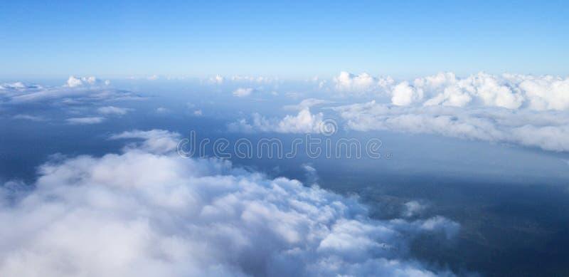 Horizon met blauwe hemel royalty-vrije stock foto's