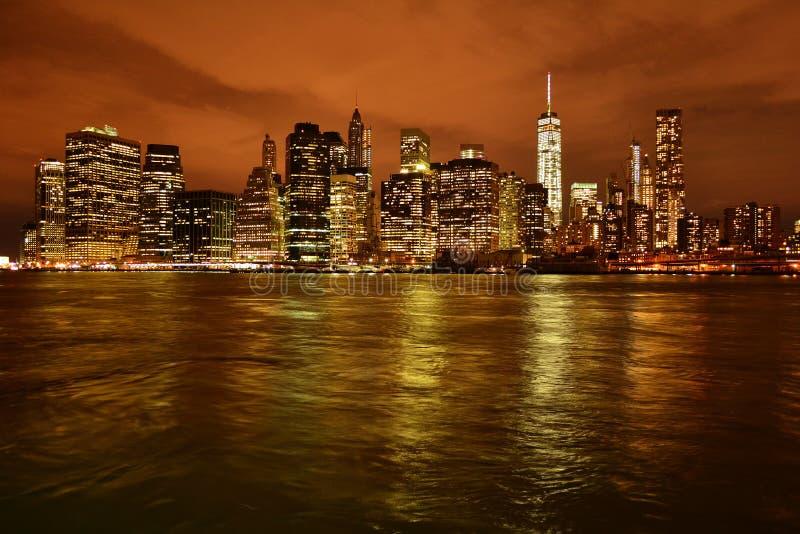 Horizon New York bij nacht royalty-vrije stock fotografie