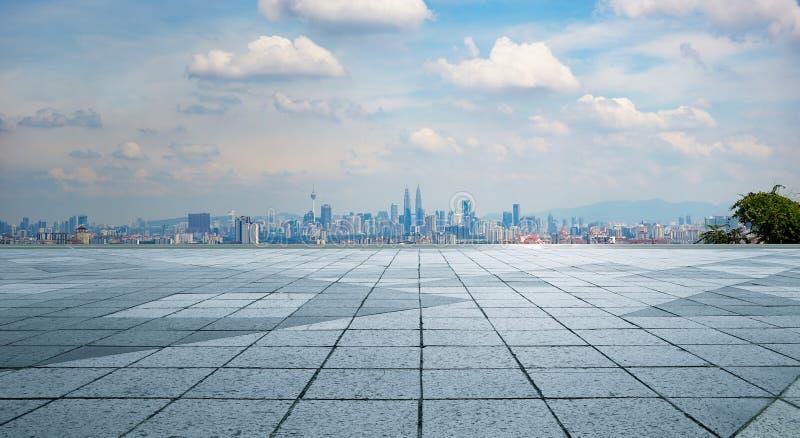 Horizon panoramique et bâtiments photographie stock
