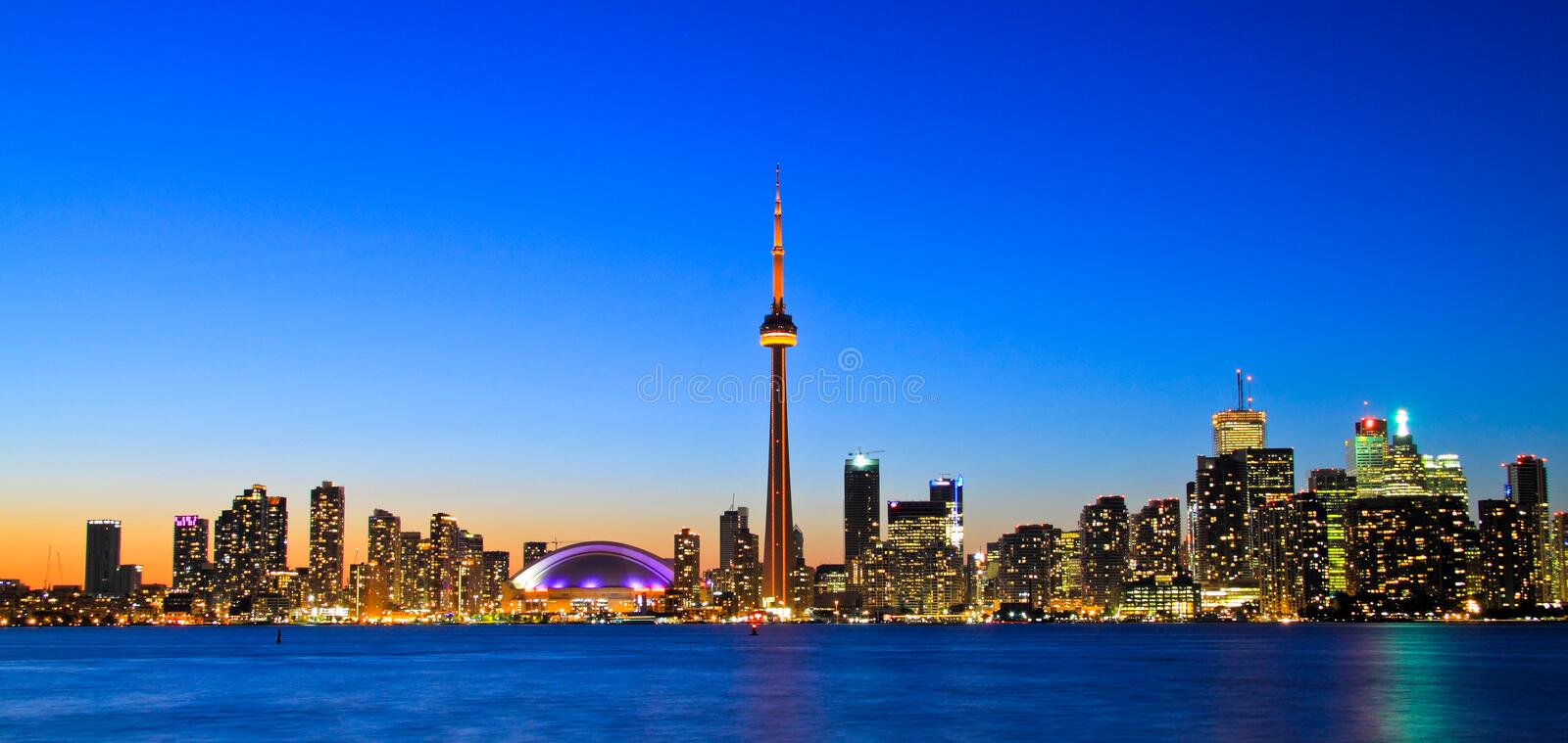 Horizon spectaculaire de Toronto images stock