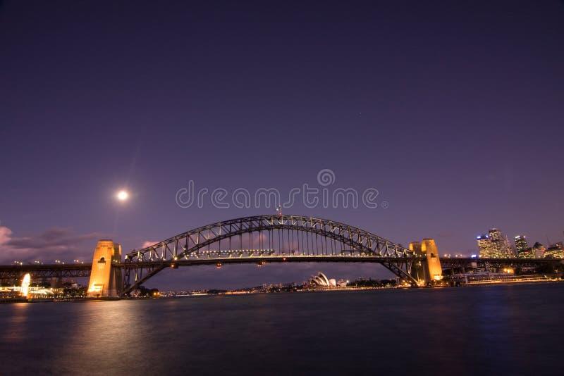 Sydney - horizon de ville de nuit photos stock