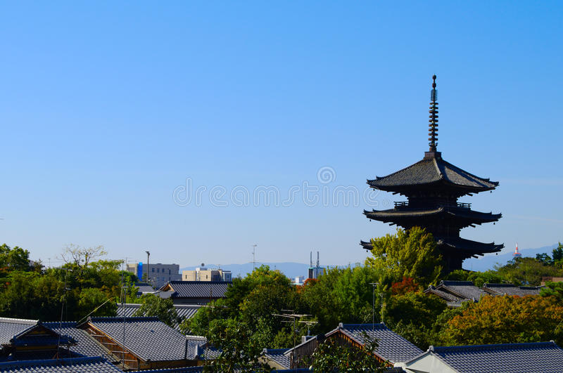 Horizon traditionnel de Kyoto photo stock