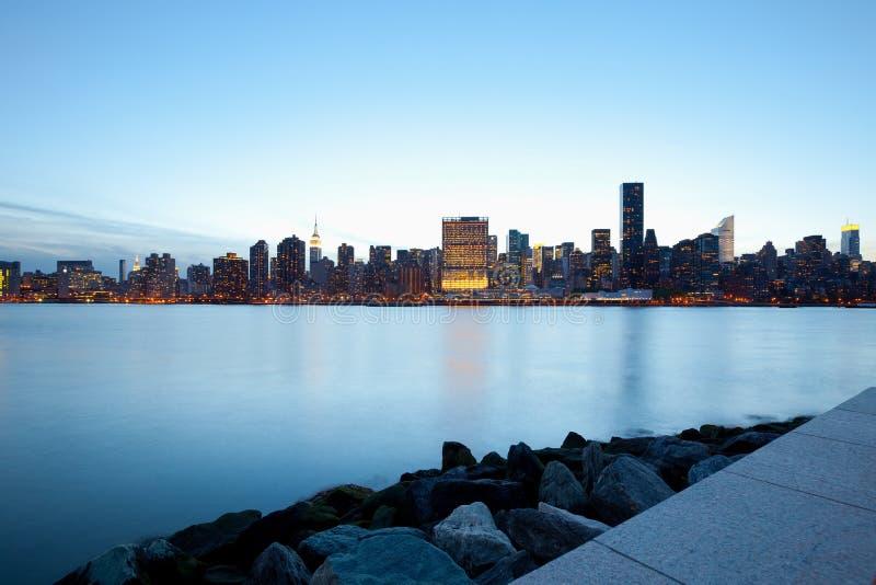 Horizon van gebouwen in Uit het stadscentrum Manhattan in de Stad van New York royalty-vrije stock foto's