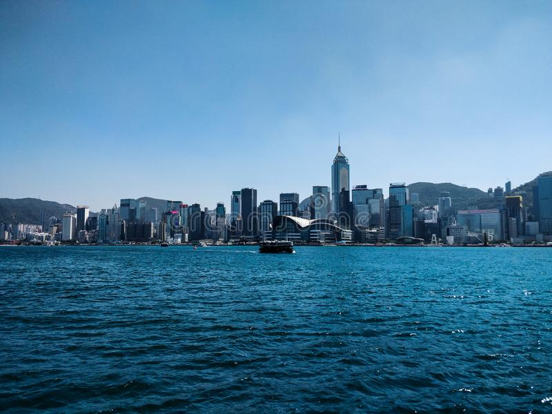 Horizon van Hong Kong-eiland van de baai royalty-vrije stock afbeeldingen