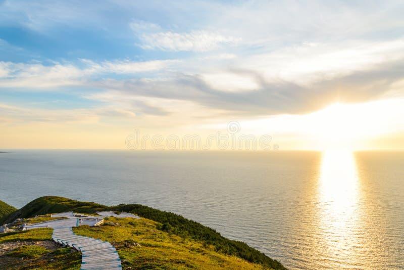 Horizonsleep blik-weg bij zonsondergang stock afbeelding