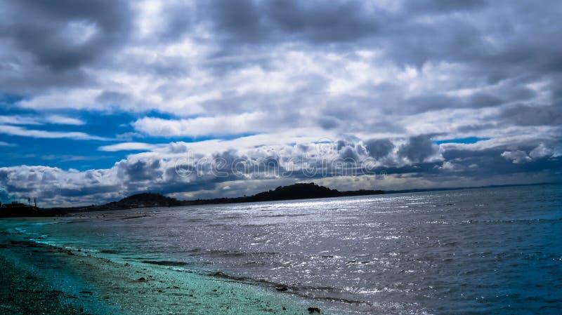 Horizont über dem Meer lizenzfreies stockfoto