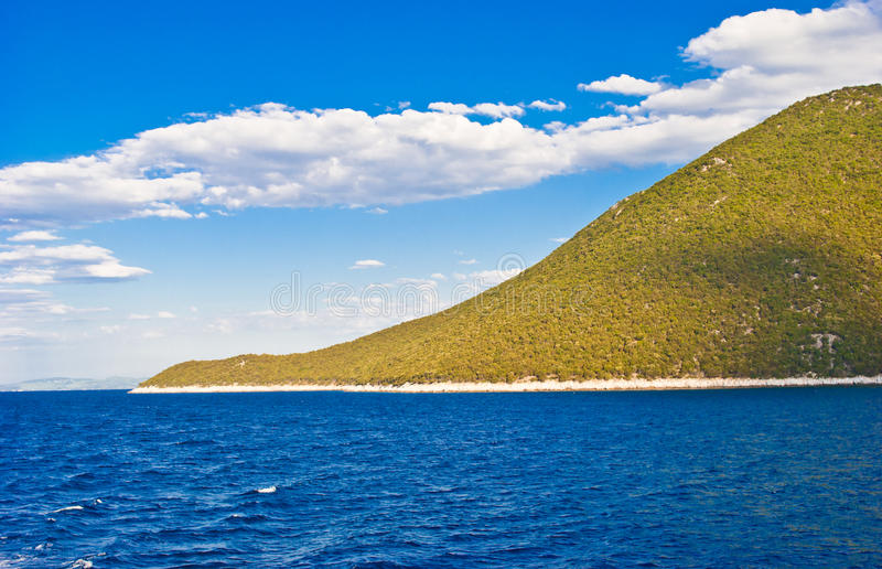Horizontal bleu de mer et de côte image libre de droits