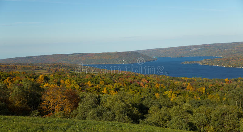 Horizontal de lac Keuka photographie stock
