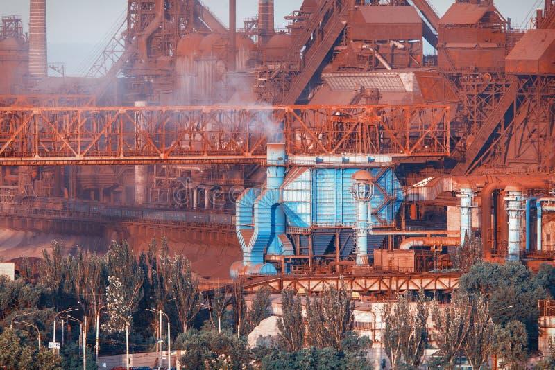 Download Horizontal Industriel Usine En Acier Industrie Lourde En Europe Image stock - Image du fabrication, métallurgie: 76083785
