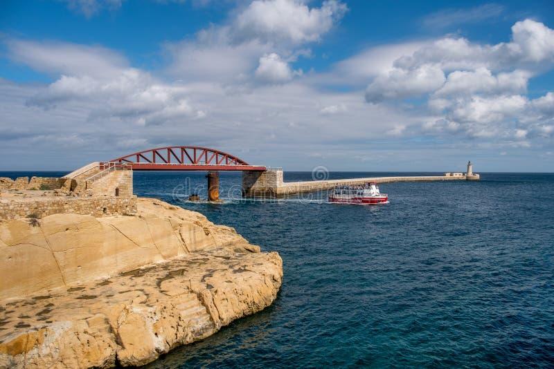 Horizontal maltais La beauté du panorama du port de La Valette malte photographie stock