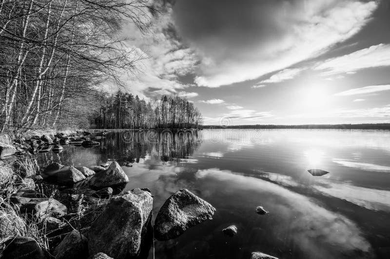 Horizontal noir et blanc images libres de droits