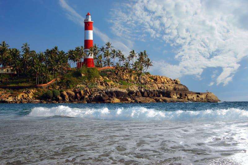 Horizontal pittoresque de mer avec le phare images stock