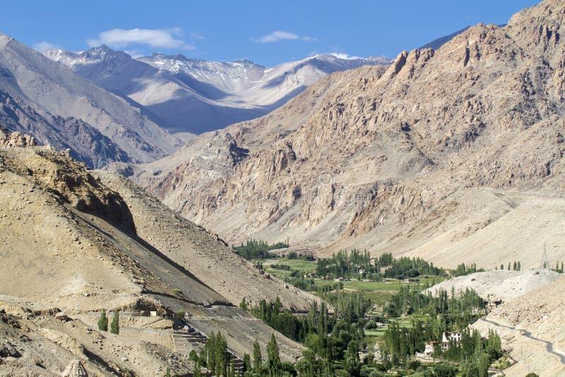 Horizontal scénique de montagne dans Ladakh, Inde image stock